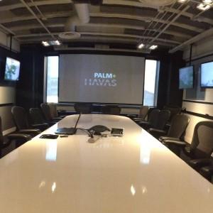 Ecran de projection avec écrans LCD